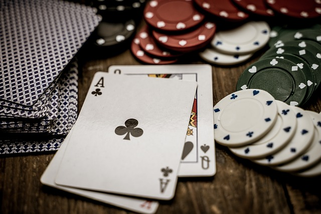 Throw The Dice On Online Gambling Sites